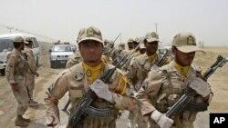 مرزبانان ایران در مرز ایران و افغانستان، عکس تزئینی است