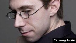 Музыкант Дэвид Фулмер.