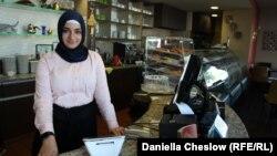 Патерсонда тұратын тегі түрік студент Несібе Килидж. Нью-Джерси, АҚШ.