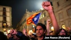 فراخوان گسترده گروههای مدنی هوادار کارزار استقلال طلبی کاتالونیا برای نافرمانی مدنی نتوانست هوادار چندانی جذب کند.