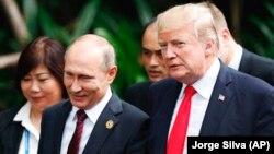 Presidenti amerikan, Donald Trump dhe homologu i tij rus, Vladimir Putin, foto nga arkivi.