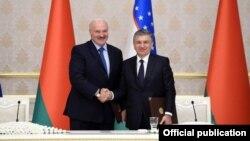 Президентлар Александр Лукашенка ва Шавкат Мирзиёев.