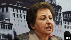 Iranian rights activist Shirin Ebadi won the Nobel Peace Prize in 2003 (file photo)