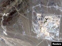Завод по обогащению урана в Натанце - спутниковая съемка.
