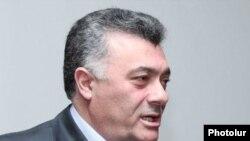 Глава парламентской фракции «Наследие» Рубен Акопян (архив)