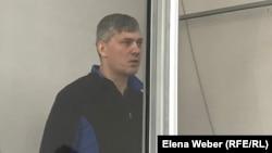 Бывший аким города Сарань Анатолий Шкарупа в зале суда. Караганда, 8 января 2020 года.