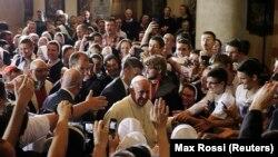Papa Franjo u Katedrali Srca Isusova