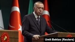 اردوغان دا څرګندونې په هغه کالم کې کړي چې نن په پولیټیکو ویبپاڼه کې خپور شوی.
