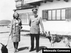 Adolf Hitler və Eva Braun