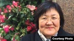 Жанар Торебаева, врач из Казахстана, которая живет во Франции.