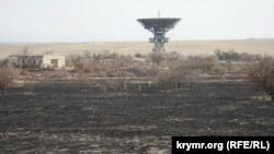 Единственный уцелевший радиотелескоп ТНА-400. Школьное, Крым, 5 апреля 2017 года