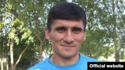 "Рустам Хоҷаев, сармураббии дастаи ""Хайр"""