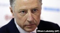Курт Волкер наголошує, що закликає Росію не визнавати легітимними «вибори» в ОРДЛО, і сподівається домовитися щодо миротворців ООН на Донбасі