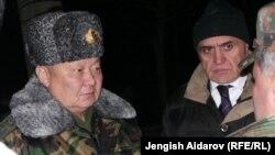 Токон Мамытов Баткендеги жолугушууда. 19-декабрь, 2013-жыл