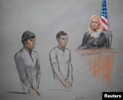 Изображение подсудимых Диаса Кадырбаева (слева) и Азамата Тажаякова во время предварительных судебных слушаний 1 мая в Бостоне.
