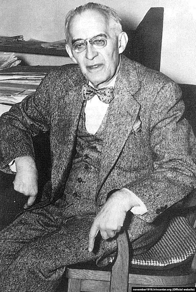 Лонгин Цегельський (1875–1950) – український громадський та політичний діяч, дипломат, адвокат, журналіст, видавець