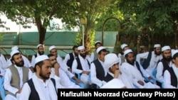 ارشیف، د طالبانو لهخوا ازاد شوي افغان سرتېري