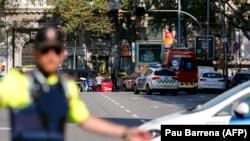 Поліція на місці нападу в Барселоні