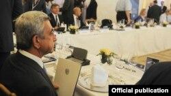 Президент Армении Серж Саргсян принимает участие в саммите Европейской народной партии, Вена, 20 июня 2013 г. (Фотография - официальный сайт президента Армении)