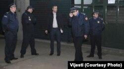 Policija na mjestu na kojem je napadnuta Olivera Lakić, FOTO: VIJESTI