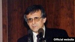 هوشنگ امیر احمدی
