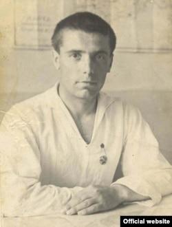 Шамиль Алядин. Фото с официального сайта писателя