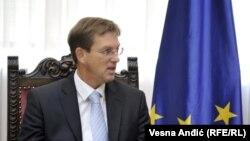 Словенечкиот премиер Миро Церар