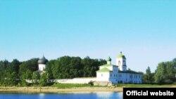 Спасо-Преображенский Мирожский монастырский комплекс