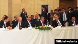 قادة سياسيون في إجتماع أربيل