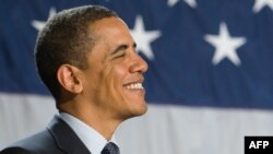 Барака Обаму обвиняют в строительстве социализма в США