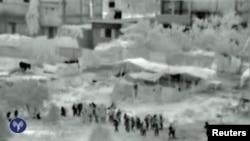 تصویری از حرکت نیروهای اسرائیلی به داخل نوار غزه. ۱۷ ژوئیه ۲۰۱۴.