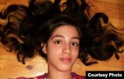 Египеттік блогшы Магда Әлия әл-Махдидың Facebook парағындағы суреті.