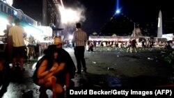 Вооружен напаѓач стрелал врз луѓе на еден концерт на кантри музика во Лас Вегас, 02.10.2017.