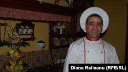 """Arsen Barseghian, bucătar-şef la restaurantul """"Vatra Neamului"""""""