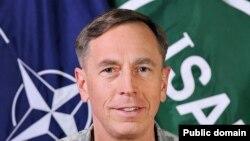 Дэвид Петреус (photo: SSgt. Bradley Lail, USAF)