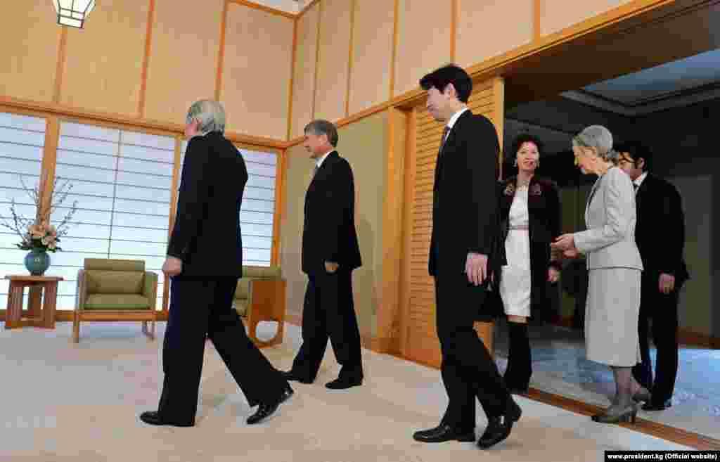 Во время официального визита в Японию, февраль 2013