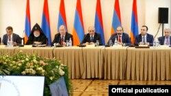 Մենք շարժվում ենք դեպի ազատ և երջանիկ Հայաստան. Նիկոլ Փաշինյան