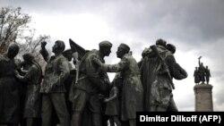 Паметникът на Съветската армия в София