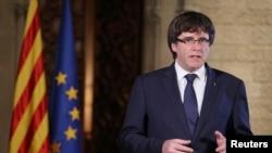 Відсторонений від влади каталонський лідер Карлес Пучдемон