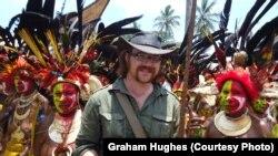 Graham Hughes Papua Yeni Qvineyada, 2012