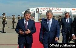 Шавкат Мирзиëев қирғиз президенти Алмазбек Атамбаев билан.