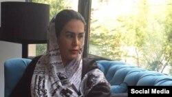 سولماز ایکدر سال ٨٧ نیز به اتهام «تبلیغ علیه نظام» به شش ماه حبس تعلیقی محکوم و از دانشگاه نیز «اخراج» شده بود.