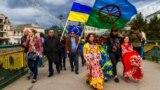 Учасники святкування Міжнародного дня ромів. Закарпаття, Ужгород, 7 квітня 2017 року (ілюстраційне зображення)