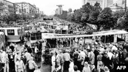 Баррикады на улицах Москвы, 21 августа 1991 года.