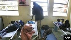 وزیر بهداشت زیمبابوه، از کشورهای جهان و نهادهای امدادرسان بینالمللی برای کمک به زیمباوه تقاضای کمک کرد. (عکس از AFP)