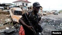 یک نیروی امنیتی کامرون