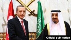 هفته گذشته رجب طیب اردوغان سفری به عربستان رفت و با سلمان بن عبدالعزیز ، پادشاه عربستان دیدار کرد