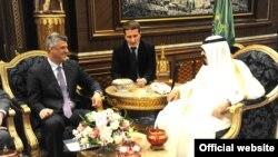 Mbreti Abdullah al Saud i Arabisë Saudite në takim me kryeministrin e Kosovës Hashim Thaçi