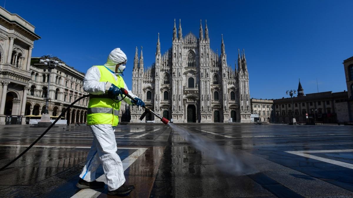 Украинский самолет с гуманитарной помощью уже приземлился в Италии – МВД