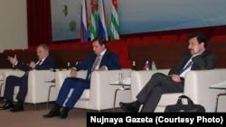 После признания Абхазии Россией логично было предположить, что начнется бурное развитие экономики, однако это не произошло. Фото: «Нужная газета»